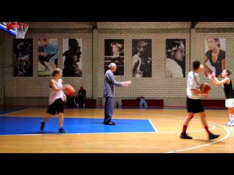 Capitol Basacats work out with Holger Geschwindner ( Dirk Nowitzkis Coach)