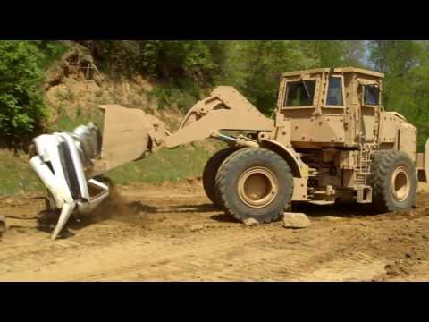 Cat® 966H and D7RII Mine Clearing / Armour Protection (MCAP)