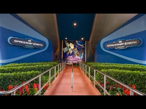 360º Ride on Spaceship Earth at EPCOT