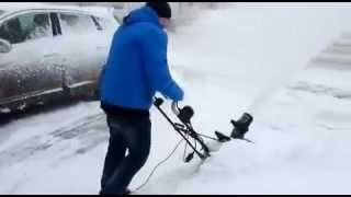 Снегоуборщик Hyundai смотреть
