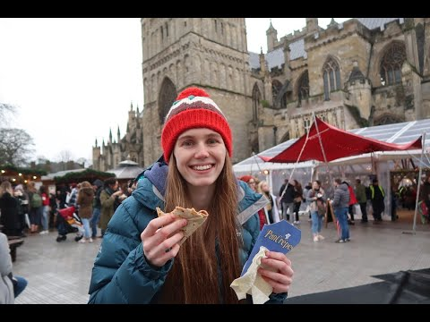 CREPES AT THE CHRISTMAS MARKET - FEAR FOOD - ANOREXIA RECOVERY - DECORATING 2ND CHRISTMAS TREE