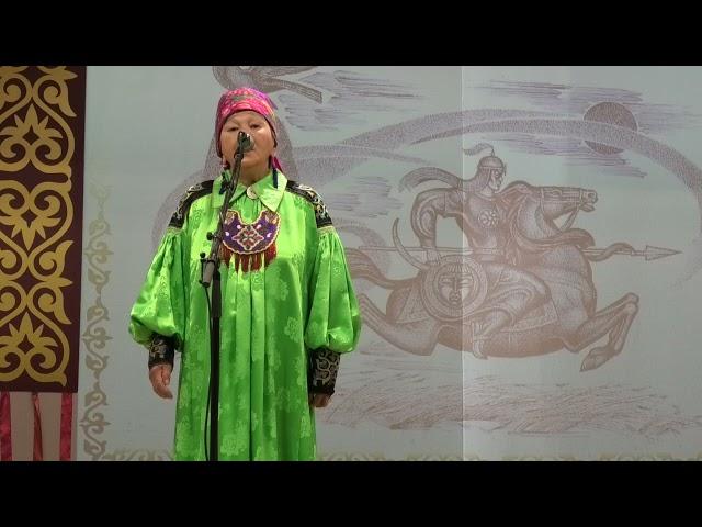Шадрина Анна Архиповна исполняет отрывок из сказания С.П. Кадышева Алтын Арығ на хакасском языке
