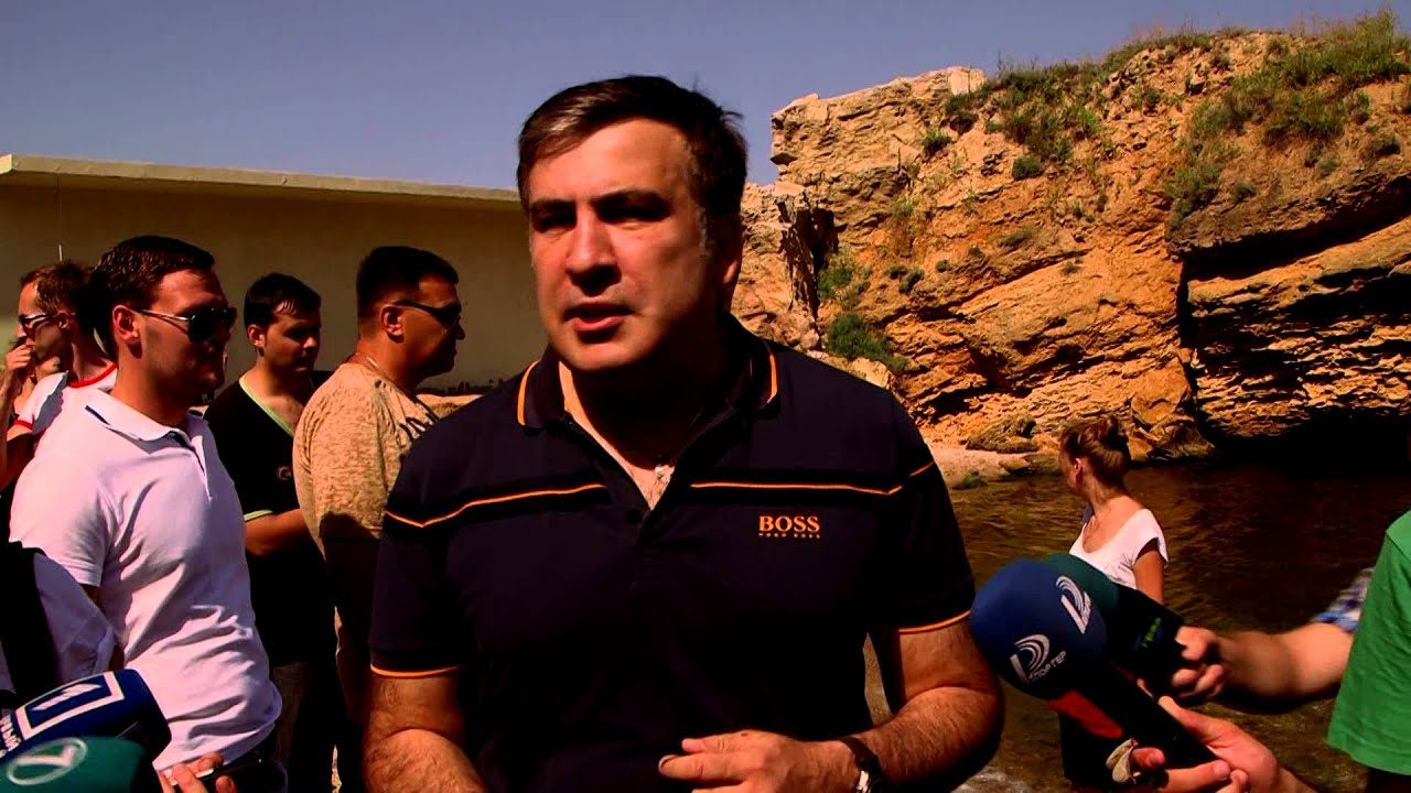 Saakașvili a re-deschis o plajă închisă (ru)