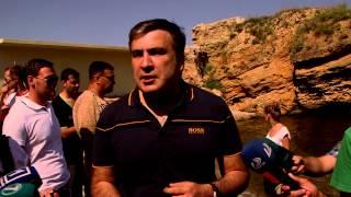 Открытие пляжа, захваченного киевским миллиардером, бывшим депутатом Хмельницким