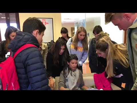 Soggiorno Linguistico Istituto Bertoni 2LL - YouTube
