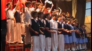 2008年瑪利諾神父教會學校學生唱歌