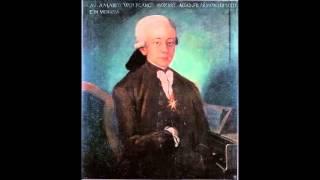 W. A. Mozart - KV 300 - Gavotte in B flat major