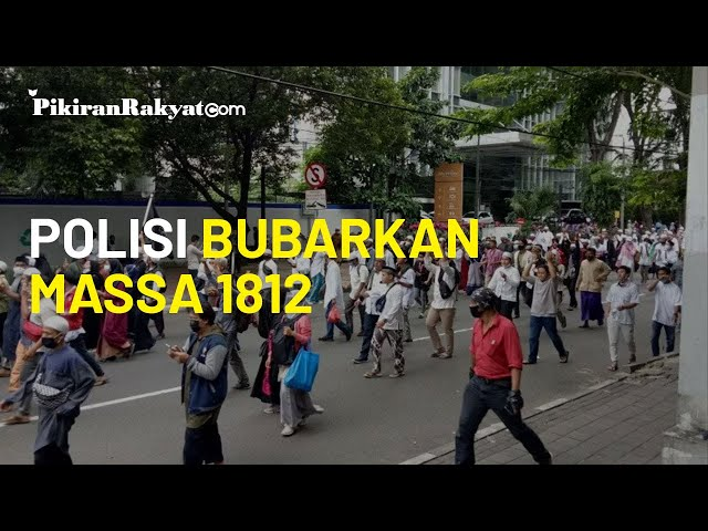 Bubarkan Massa 1812 di Patung Kuda, Polisi: Kami Tak Segan-segan Memberi Tindakan Tegas!
