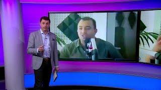 كيف تهكم مذيع مغربي على مستمعة انتقدت اداء منتخب البلاد ؟
