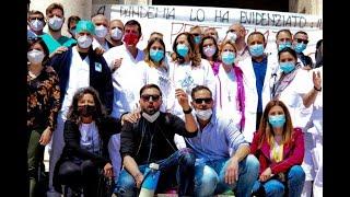 Napoli, protesta al Cardarelli contro il precariato(Newfotosud, Gianluca Madonna)