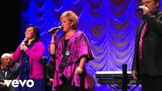 Jeff & Sheri Easter - A Little Bit of Sunshine (Live)