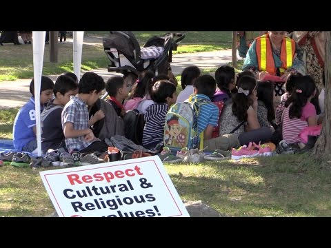 Thorncliffe Park parents keep children from school to protest new sex-ed curriculum