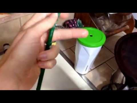How to clean Starbucks tumbler straws with pipe cleaners! Clean reusable straws!