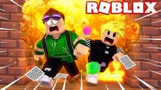 SPALILIŚMY SZKOŁE w ROBLOX!!! - Robloxian Highschool