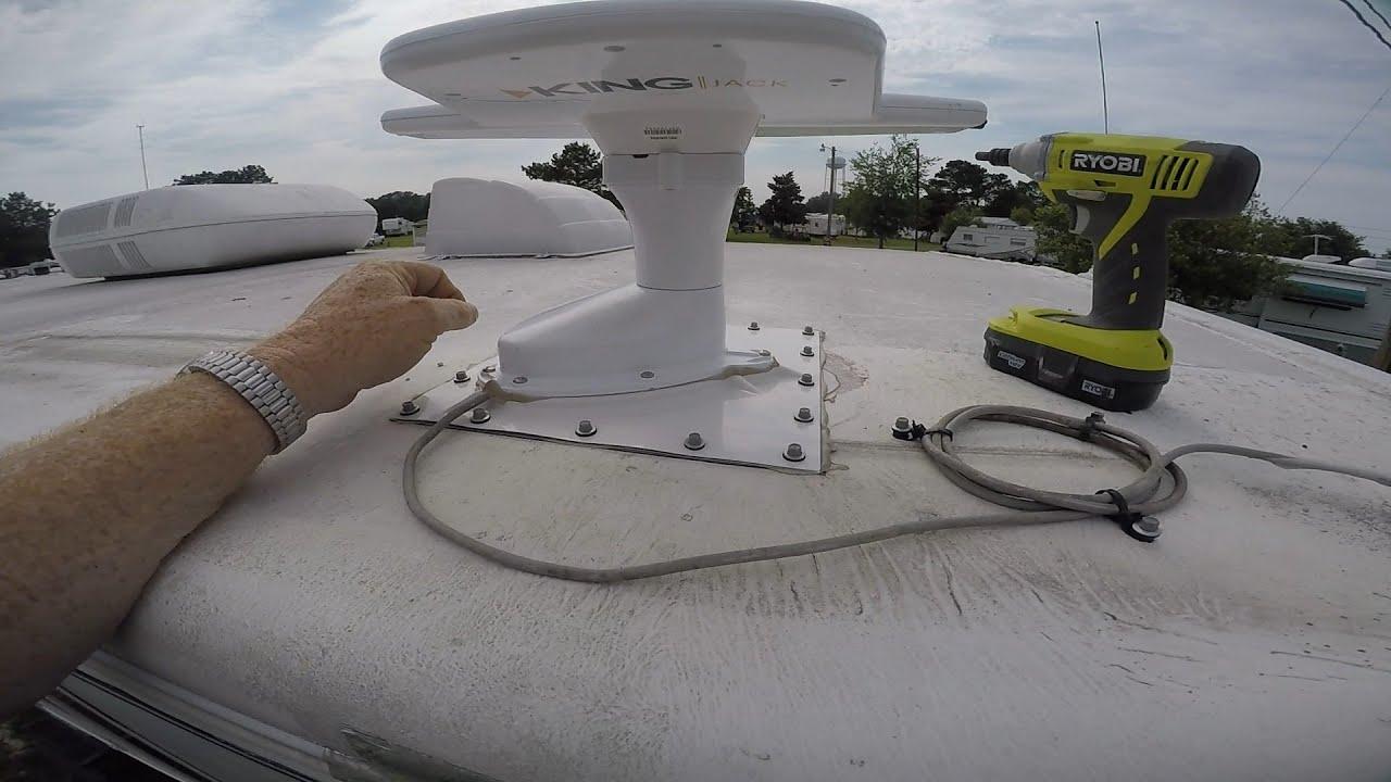 installing the king jack antenna [ 1280 x 720 Pixel ]