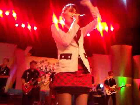 VIA VALLEN - ASMARA LIVE JTV EPISODE(ARTI FANS BUAT VIA VALLEN). By berry