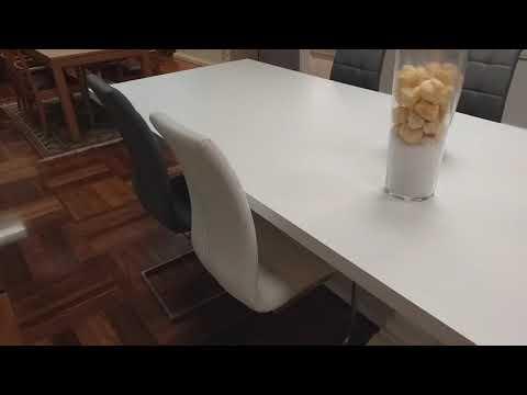 Tavolo da pranzo in legno massello sarbello prodotto a for Tavolo ovale allungabile legno massello
