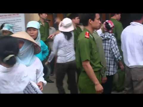 Hỗn loạn bầu cử tại Bắc Giang