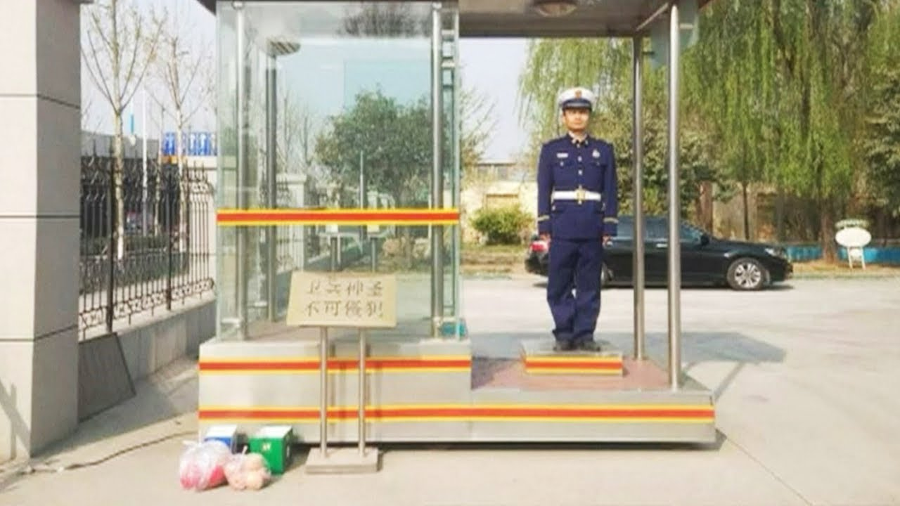 (CHINA, April 2019) Anonymous warm-hearted notes and gifts pour in for firefighting heroes after for