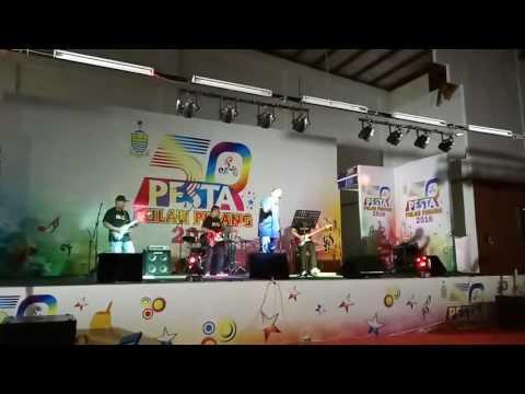 Nana Band : Kerbau Di Payung (Di Pentas Arena 3, Pesta Pulau Pinang)