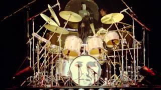 Queen - Killer Queen + I'm In Love With My Car HD (Live Rock Montreal 1981)