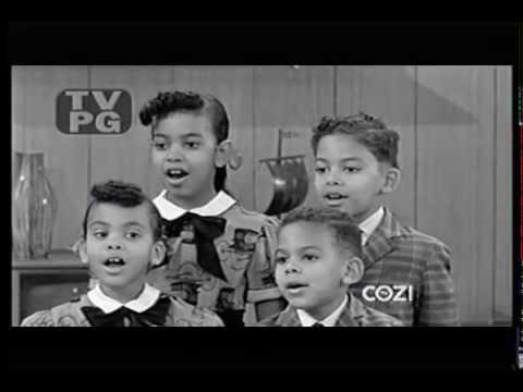 THE FOUR LITTLE ANGELS sing on Make Room for Daddy - YouTube