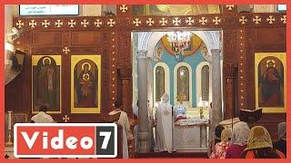 فيديو وصور.. أول قداس بالإسكندرية بعد توقف 4 أشهر بسبب كورونا  - اليوم السابع