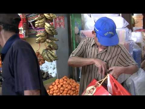 Fruit Shop at Perumnas Klender Market East Jakarta 2013 BR TiVi 3233