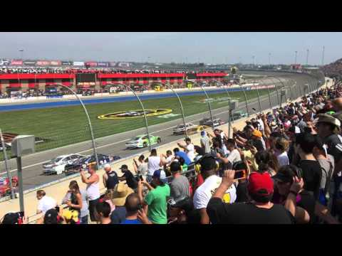 Green Flag Start at Auto Club Speedway in Fontana NASCAR 2016