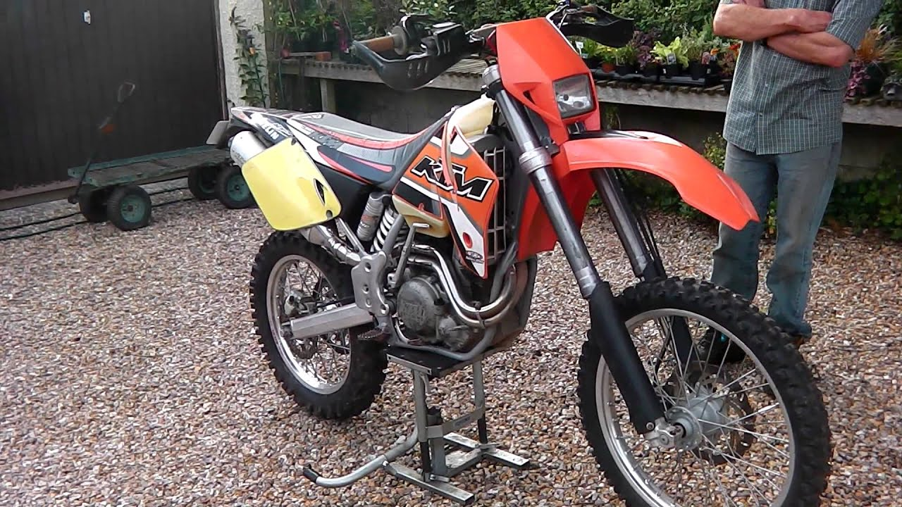 2001 KTM 400 EXC FOR SALE £1500 ONO - YouTube c9f223bec2