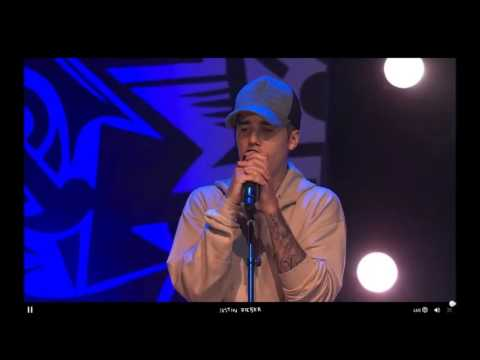 Justin Bieber performing ''So Sick