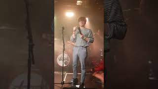 Gambar cover HANDS - The Vamps