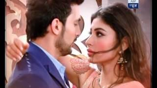 Naagin: Watch Ritik-Shivanya's romance