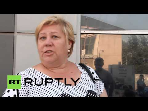 Ukraine: Gorlovka locals flock to escape shelling attacks
