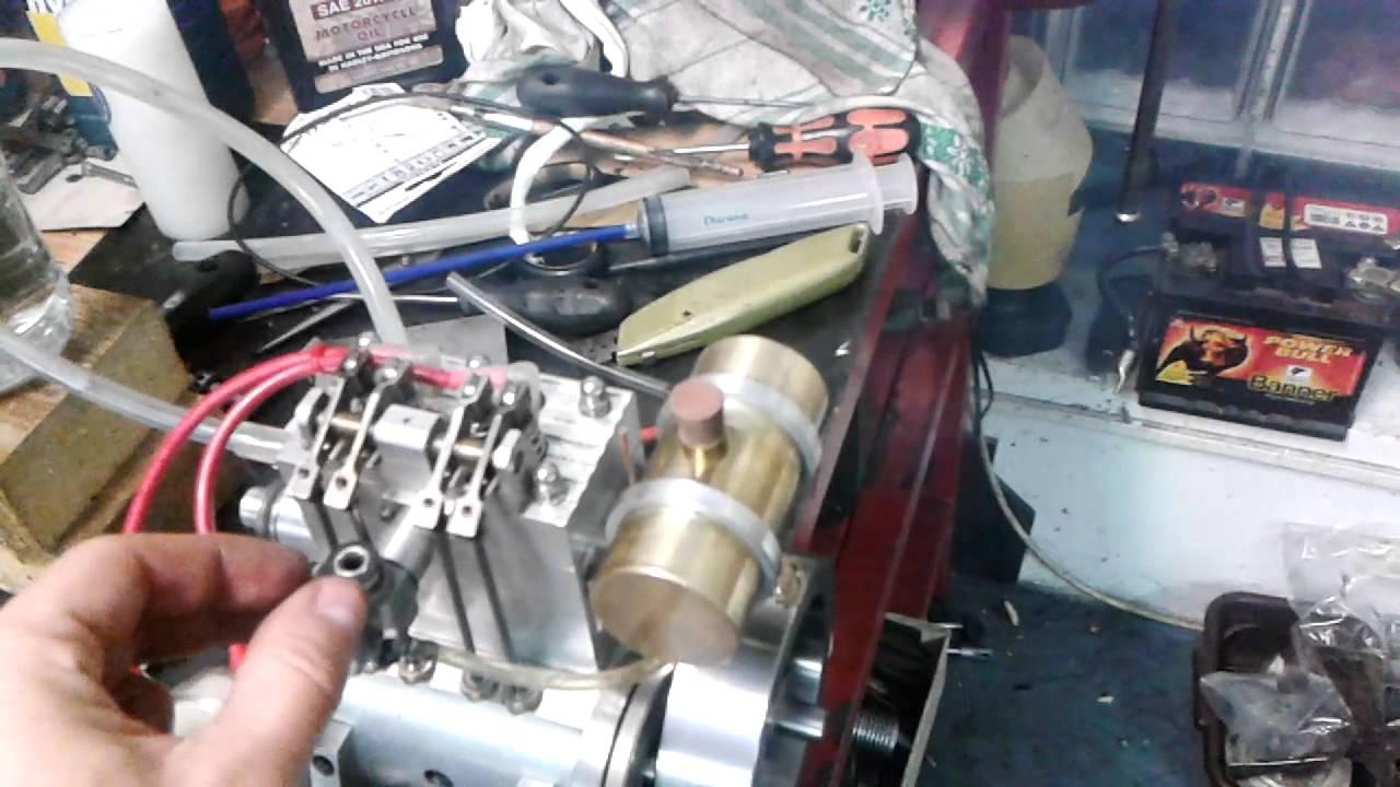 4 stroke 2 cylinder runing