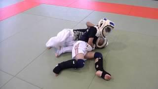 このビデオの情報全日本ジュニア総合格闘技選手権大会 小佐野航VS森丈流.