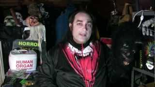 Mask Fan Attic: Vampire Bat(A look at a vintage collectible Halloween mask by Be Something Studios., 2013-01-28T17:09:22.000Z)