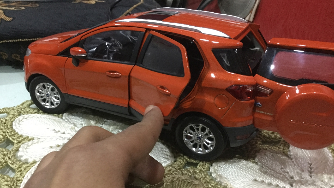 diecast unboxing2014 ford ecosport mars red 118 paudi