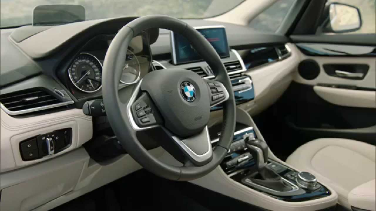 Der neue bmw 2er gran tourer interieur design automototv for Bmw serie 7 interieur