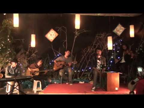 Dealova acoustic