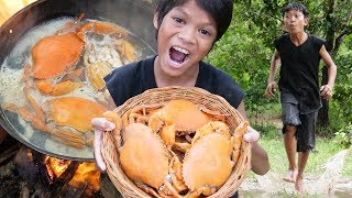 Survival Skills Primitive - Cooking crab and eating delicious ep005