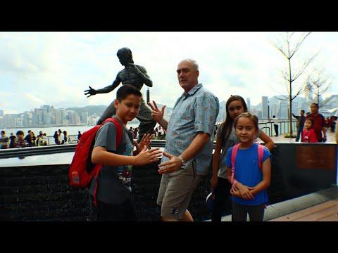 avenue-of-stars-reopens.-tempat-wisata-di-hongkong-telah-dibuka-kembali.