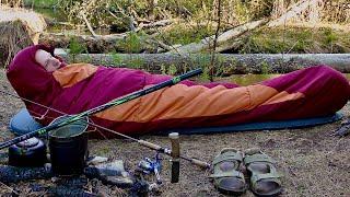 Рыбалка на реке Уха в котелке Чай на сосне Ночёвка на траве 1