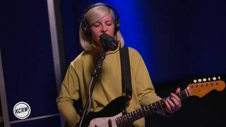 "Alvvays performing ""Dreams Tonite"" Live on KCRW"