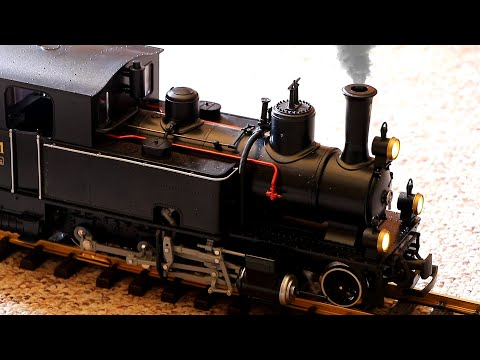 Large Model Train With Realistic Smoke & Sound