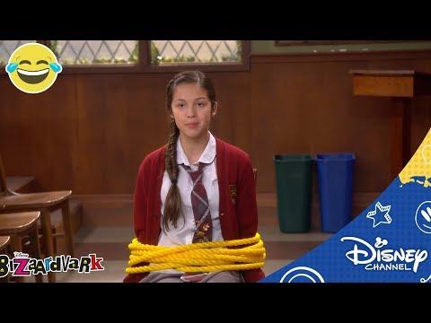 Bizaardvark | Frankie heeft een hater | Disney Channel NL