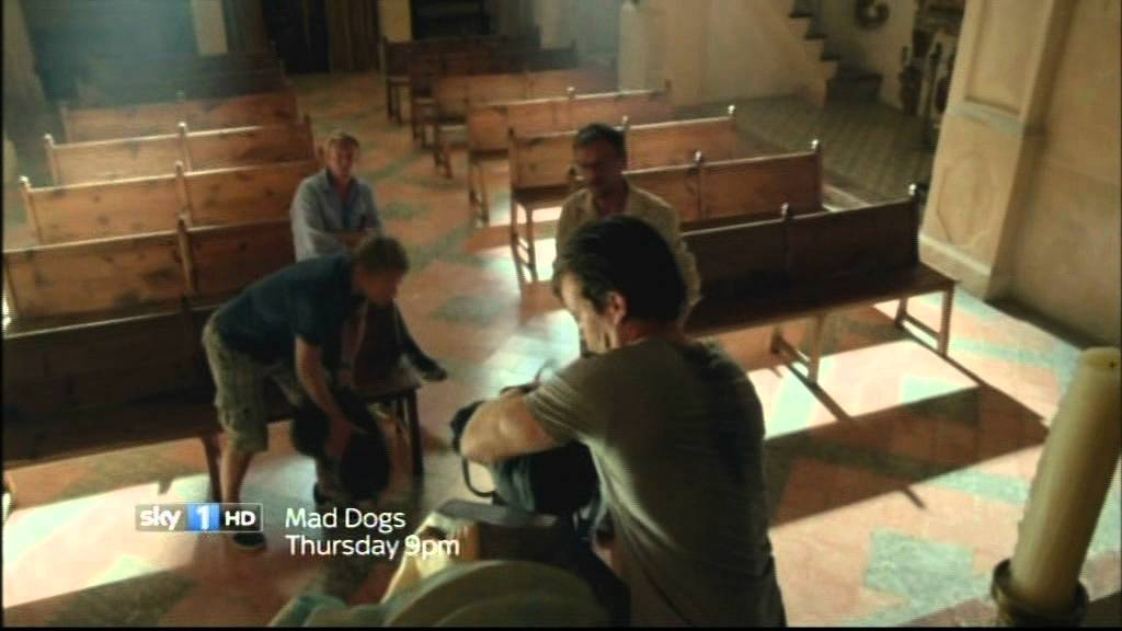 Download Mad Dogs S02 trailer jan12