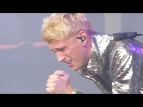 Machine Gun Kelly Numb Cover Live Lollapalooza Chicago IL August 6 2017