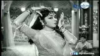 Kannale Pesum Kadhal Nilaiyaguma Song HD | Aadi Perukku