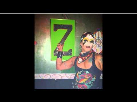 Z Lounge Bar em Americana/SP - B'Day Junia Fashion